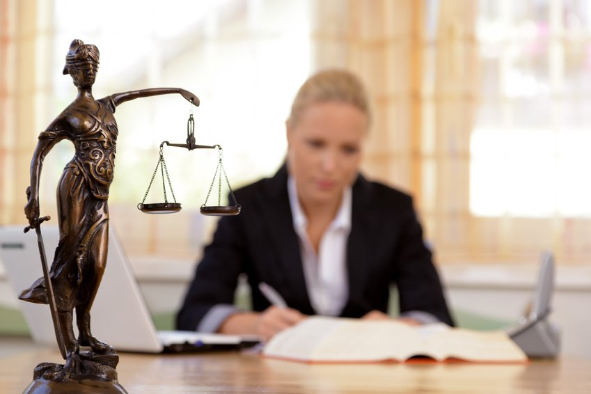 jogvédelem